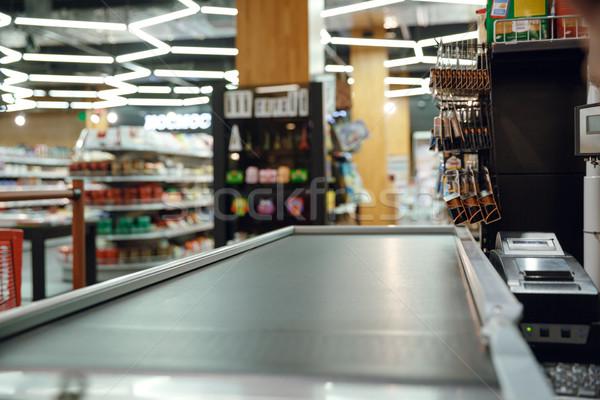 Biurko supermarket sklep zdjęcie pieniężnych finansowych Zdjęcia stock © deandrobot