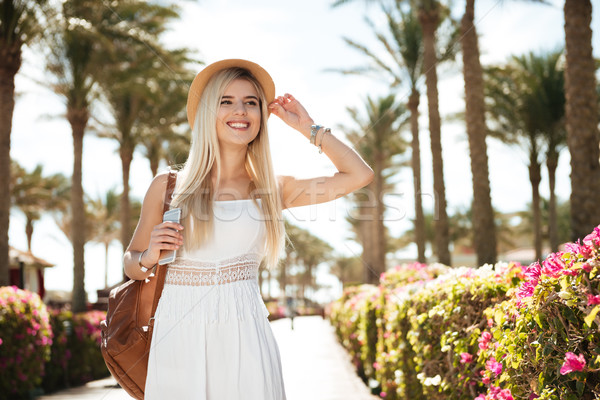 Glücklich Handy Fuß Sommer Resort Stock foto © deandrobot