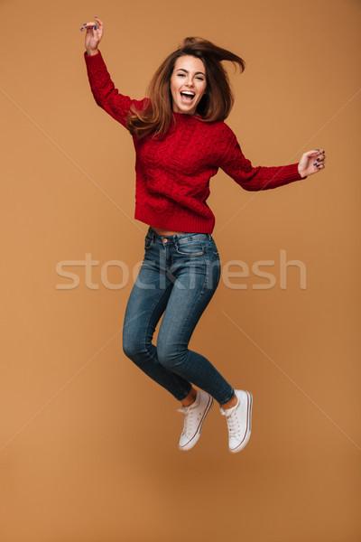 Portret gelukkig jonge vrouw Rood gebreid Stockfoto © deandrobot