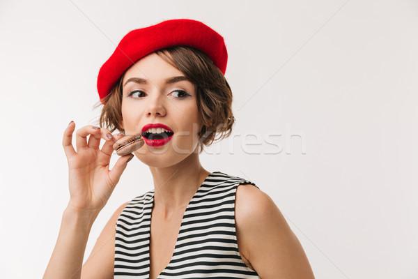 портрет красивая женщина красный берет еды Сток-фото © deandrobot