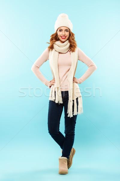 Tam uzunlukta portre mutlu genç kız şapka eşarp Stok fotoğraf © deandrobot