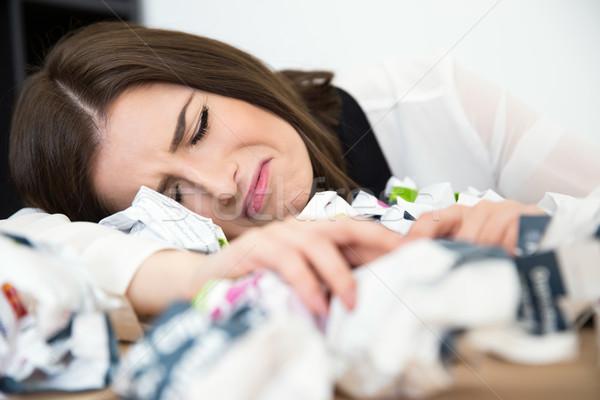 устал деловая женщина таблице мусор документы бизнеса Сток-фото © deandrobot