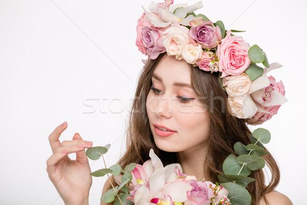 Vonzó gyengéd női rózsa koszorú virágok Stock fotó © deandrobot
