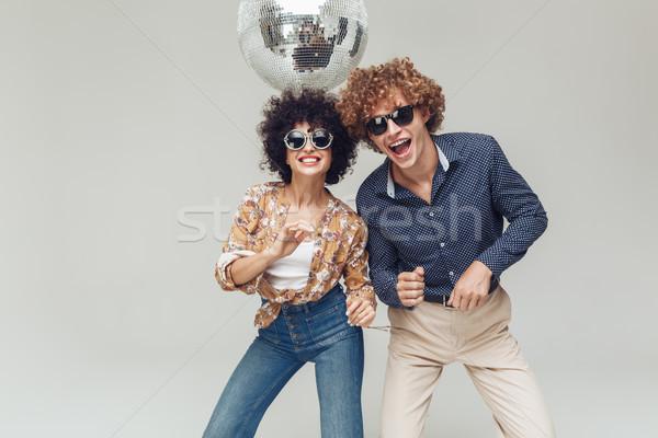 Glimlachend retro liefhebbend paar dansen Stockfoto © deandrobot