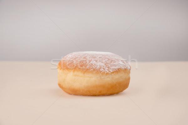 Seitenansicht Donut Pulver weiß isoliert Stock foto © deandrobot