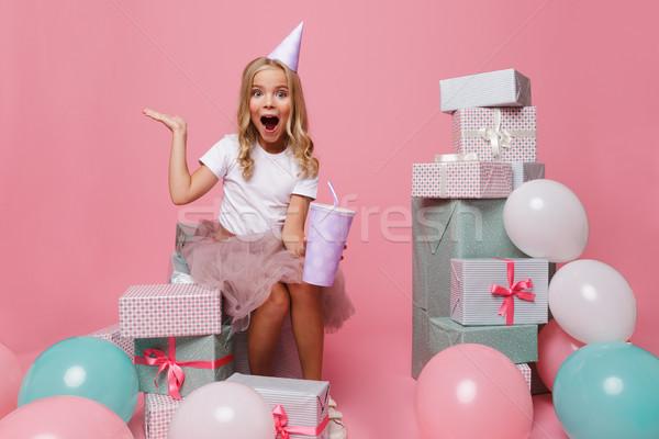 Zdjęcia stock: Portret · wesoły · dziewczynka · urodziny · hat