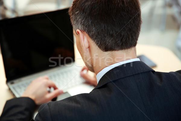 Zdjęcia stock: Biznesmen · pracy · laptop · widok · z · góry · przestrzeni · biurko