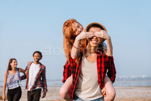 Feliz mulher coberto olhos namorado mãos Foto stock © deandrobot
