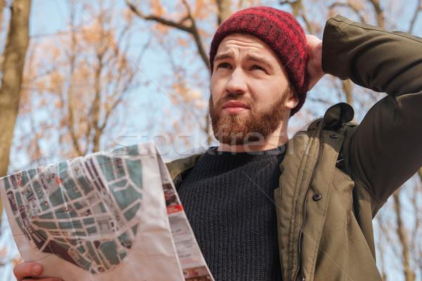 Verward bebaarde man hoed Stockfoto © deandrobot