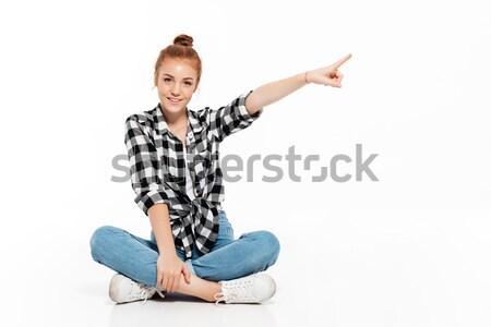имбирь женщину рубашку джинсов сидят Сток-фото © deandrobot
