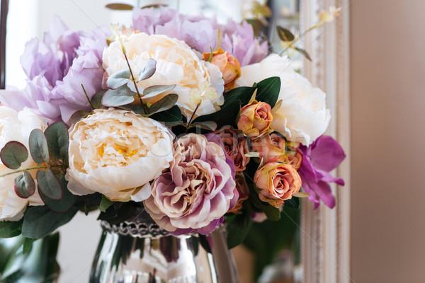 красивой букет цветы ваза комнату любви Сток-фото © deandrobot