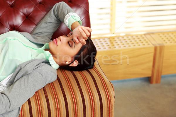 疲れ 女性 寝 監督 オフィス 目 ストックフォト © deandrobot