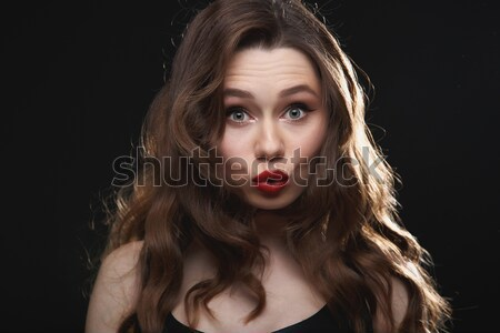 Csinos vicces fiatal nő piros ajkak készít kacsa Stock fotó © deandrobot
