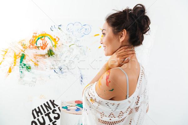 笑みを浮かべて 若い女性 パレット 立って 絵画 魅力的な ストックフォト © deandrobot