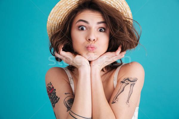Stock fotó: Közelkép · boldog · mosolygó · nő · szalmakalap · portré · derűs