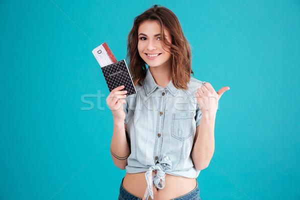 肖像 笑みを浮かべて 満足した 若い女性 夏 服 ストックフォト © deandrobot