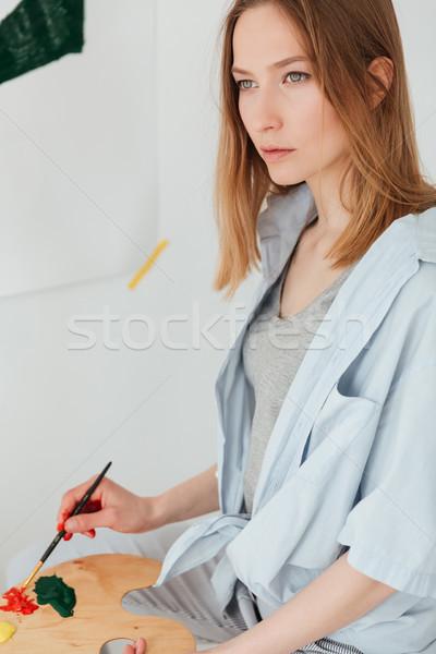 濃縮された 小さな 白人 女性 画家 画像 ストックフォト © deandrobot