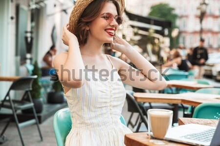 женщину платье соломенной шляпе далеко Сток-фото © deandrobot