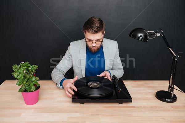 Gramofone estúdio sessão tabela isolado Foto stock © deandrobot