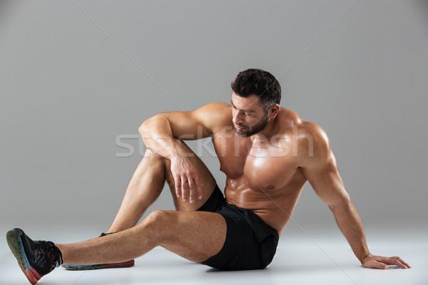 Portré fáradt erős póló nélkül férfi testépítő Stock fotó © deandrobot