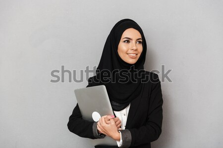 Portré arab mosolygó nő 20-as évek fekete hagyományos Stock fotó © deandrobot