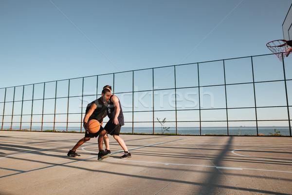 Portrait deux jouer basket aire de jeux Photo stock © deandrobot