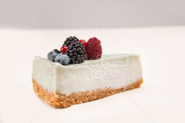 Bleu cheesecake différent baies vue de côté isolé Photo stock © deandrobot
