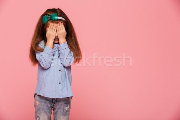 Stúdió fotó iskolás lány évek szemek kezek Stock fotó © deandrobot