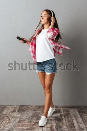 Retrato sorrindo vestir me mulher Foto stock © deandrobot