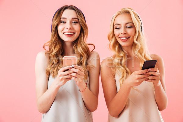 2 笑みを浮かべて かなり 女性 パジャマ ヘッドホン ストックフォト © deandrobot