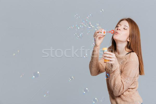 Kadın sabun köpüğü gri uzay eğlence Stok fotoğraf © deandrobot