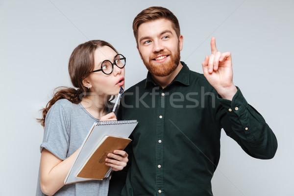 Feminino nerd homem óculos falante indicação Foto stock © deandrobot