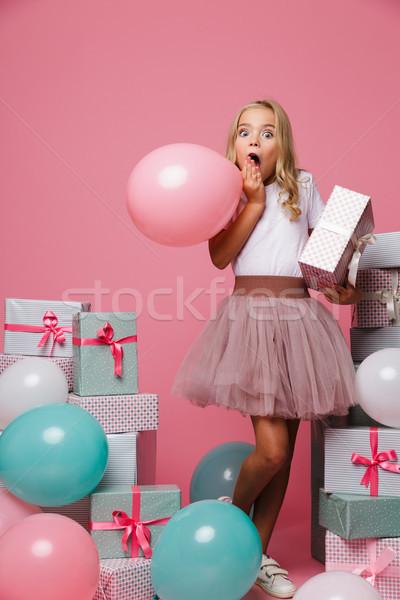Zdjęcia stock: Portret · podniecony · dziewczynka · urodziny · hat · dość