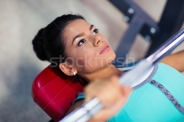 Stockfoto: Vrouw · training · barbell · bank · jonge · sport