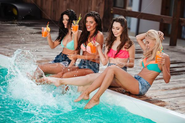 Kokteyller yüzme havuzu güzel Stok fotoğraf © deandrobot