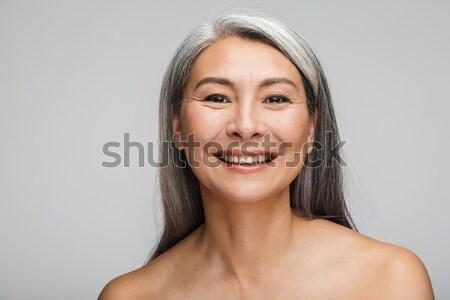 Piękna portret atrakcyjny młoda kobieta długo brązowe włosy Zdjęcia stock © deandrobot