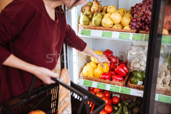 女性 買い ピーマン スーパーマーケット バスケット ストックフォト © deandrobot