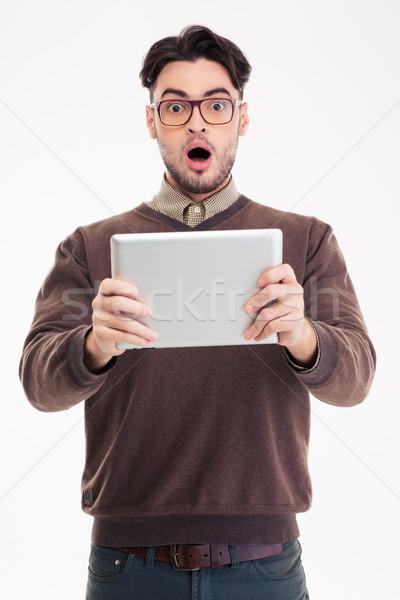 Stock fotó: Megrémült · férfi · táblagép · portré · izolált · fehér