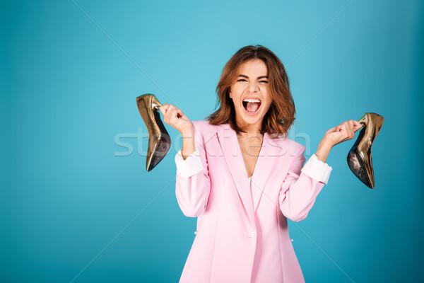 Ritratto felice donna rosa suit urlando Foto d'archivio © deandrobot