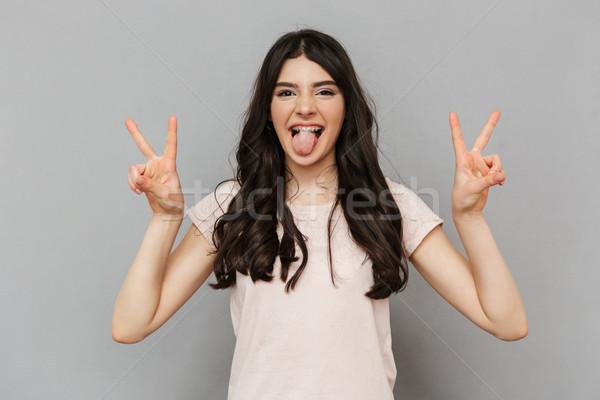 Stock fotó: Csinos · aranyos · fiatal · hölgy · mutat · béke