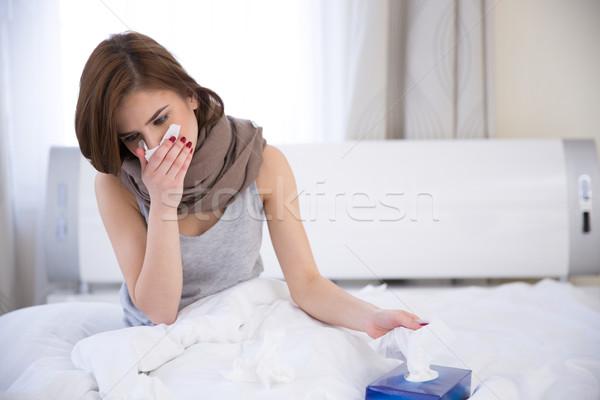Portret ziek vrouw bed home medische Stockfoto © deandrobot