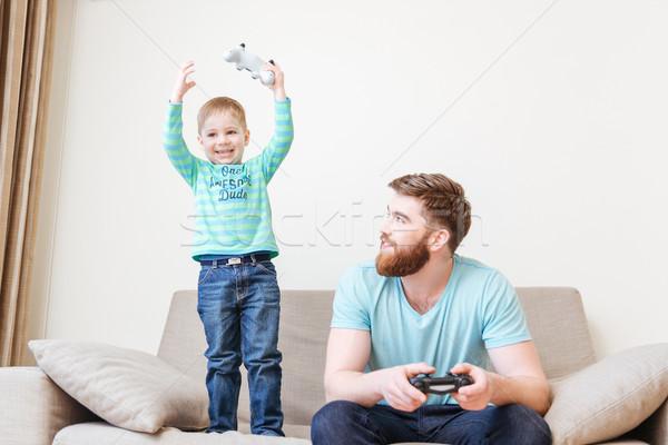 Photo stock: Heureux · peu · garçon · jouer · ordinateur · jeux
