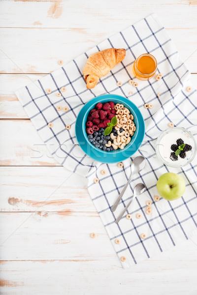 Stock fotó: Felső · kilátás · granola · bogyók · alma · croissant