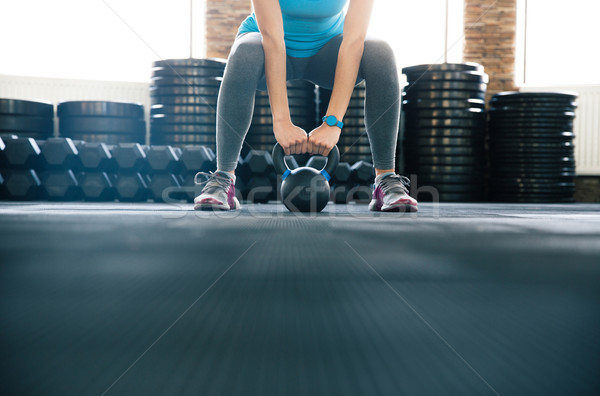 Frau Ball Fitnessstudio Hände Stock foto © deandrobot