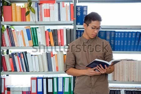 Stock fotó: Diák · olvas · könyv · könyvtár · portré · ázsiai