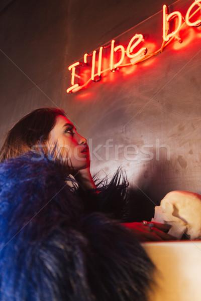 Güzel genç kadın poz açık havada gece resim Stok fotoğraf © deandrobot