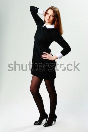 Retrato jóvenes pensativo mujer vestido ocasional gris Foto stock © deandrobot