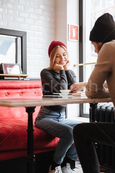 Függőleges kép boldog pár randevú ül Stock fotó © deandrobot