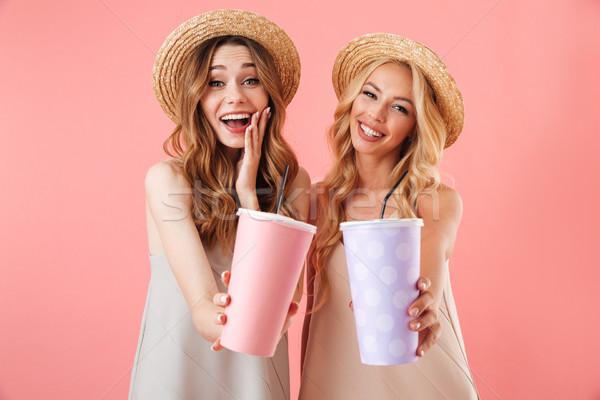 два удивленный счастливым женщины Платья Сток-фото © deandrobot