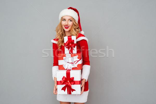 Gelukkig grappig vrouw permanente hoop Stockfoto © deandrobot